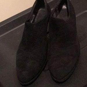 Stuart Weitzman suede fabric heels sz. 6.5